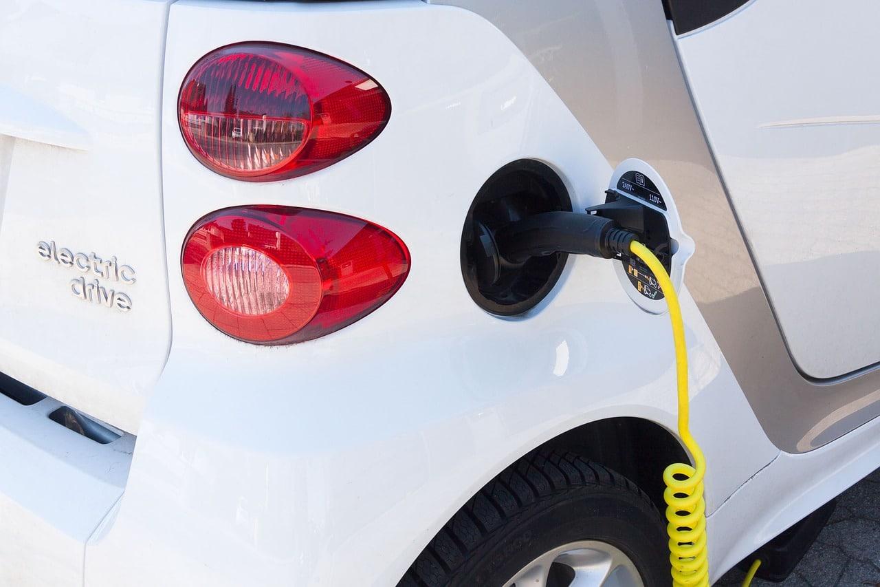 electric car, refuel, current